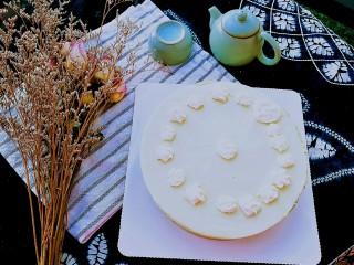 抹茶奶酪慕斯蛋糕,春色满园关不住,美美哒抹茶酸奶慕斯蛋糕