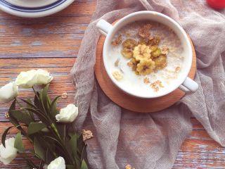 辅食10M➕:香蕉牛奶燕麦粥,香甜可口哒~