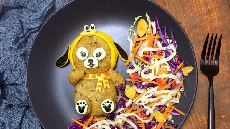 狗熊饭团  紫甘蓝圆白菜胡萝卜 黑芝麻酱海苔,水果,蔬菜都可以随意搭配