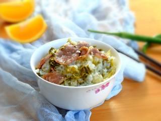 年味~腊肠青菜饭,味道美美哒,啥菜都不用了,一人可以吃下2碗。