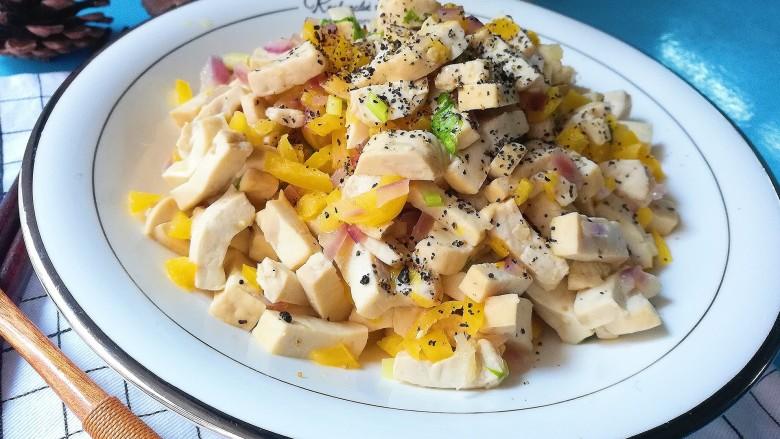 暖色系-五彩斑斓彩椒豆腐干,出锅撒点黑芝麻粉提味即可食用
