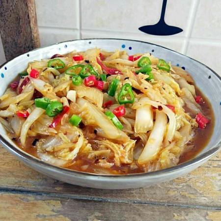 大鱼大肉吃的腻来盘开胃爽口的酸辣白菜