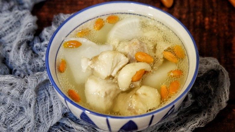 枸杞萝卜羊肉汤