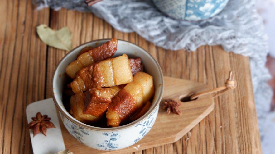 五花肉烧土豆干