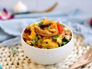 天津特色小吃 蔬菜烩饼,成品图。