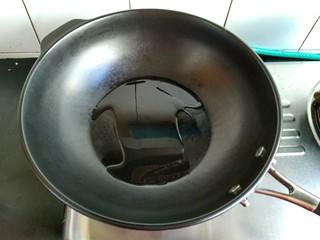 麻婆豆腐,另起一锅,放适量食用油