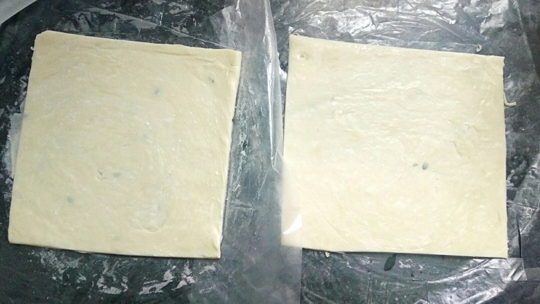 法式甜点~香蕉派,切成正方形