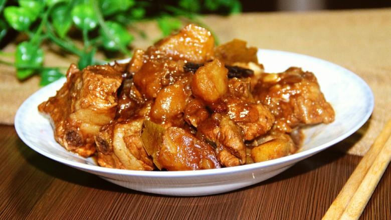 红烧排骨土豆,美味极了