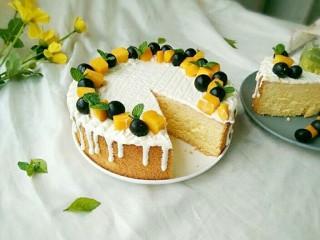 酸奶淋面蛋糕,是不是特别简单。
