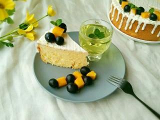 酸奶淋面蛋糕,但是非常美味哦!