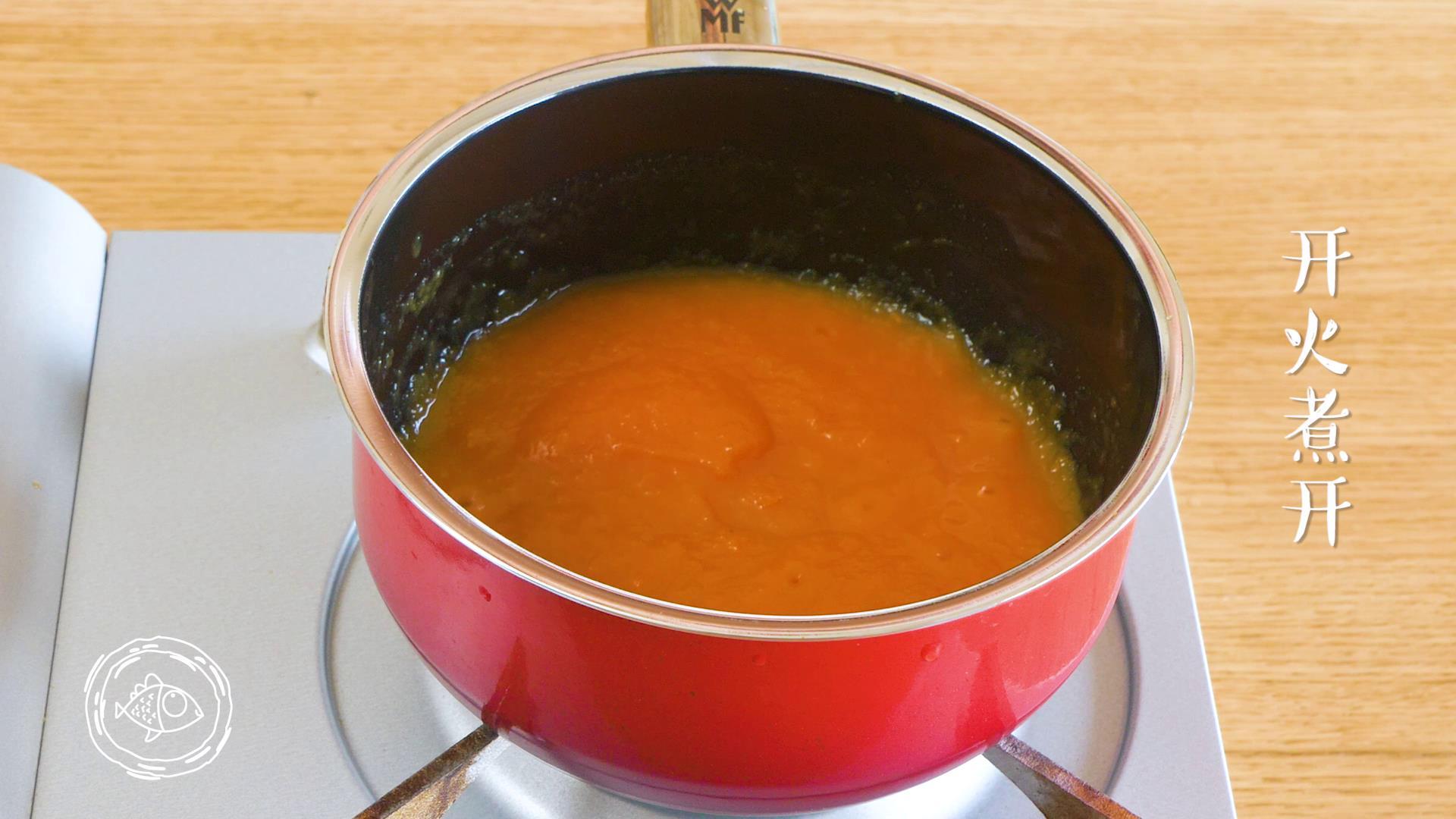 米汤胡萝卜泥6m+宝宝辅食,混合均匀,煮开就可以啦~</p> <p>