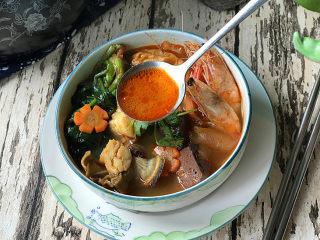 韩式海鲜锅,汤汁鲜美,香辣开胃