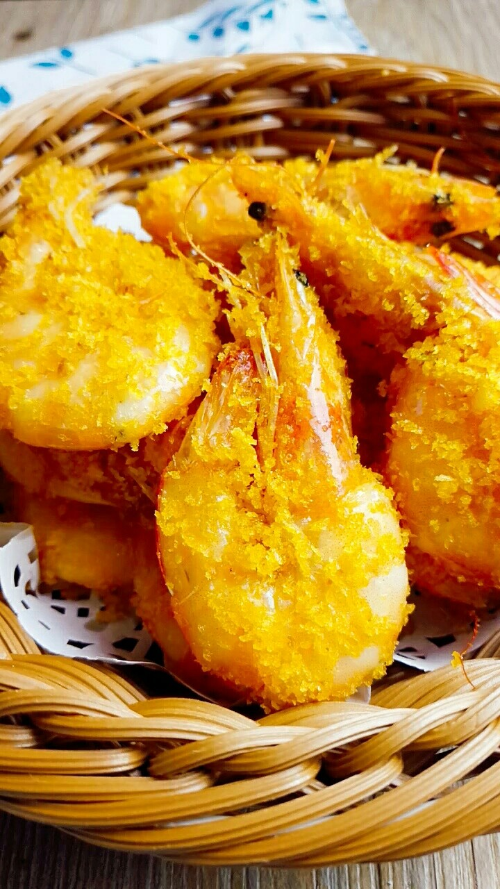 避风塘炒虾,特别好吃的避风塘炒虾就做好啦