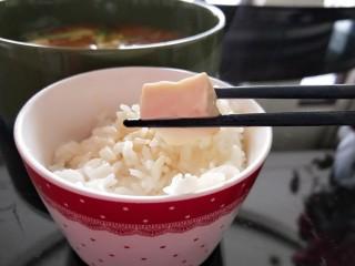水晶豆腐番茄浓汤宝,豆腐嫩滑多汁。