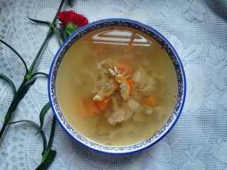 滋阴养颜的瘦肉蛏干汤,成品图