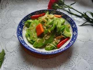 #春天的颜色#最补钙的食物,虾米炒芥菜
