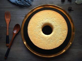 7寸中空戚风蛋糕