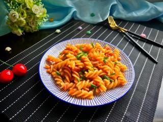 茄汁螺旋意面,成品图来一张。
