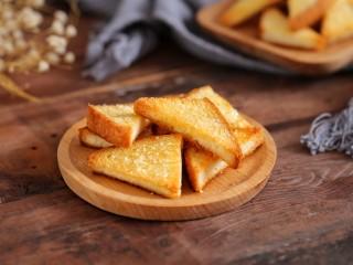 花样土司+香脆蜂蜜土司片,开始美美的享用吧!