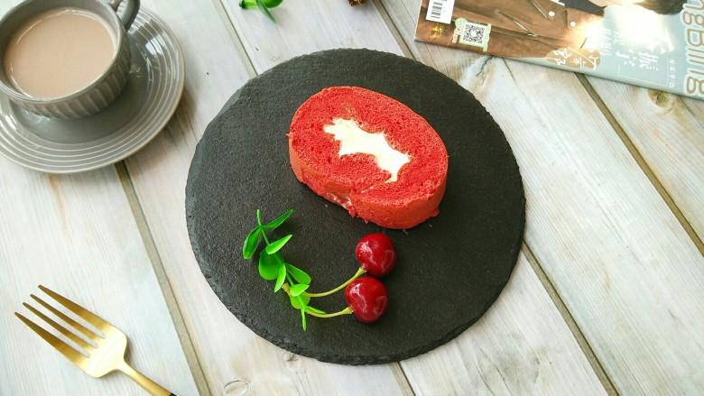 红丝绒蛋糕卷,美美的享受吧!