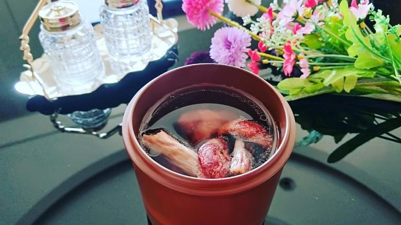 清蒸红菇排骨汤