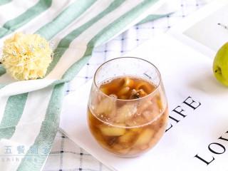 雪梨麦冬芦根饮,清甜很好喝。