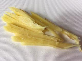 超级下饭的春笋炒咸菜,姜切细丝