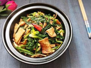 砂锅菠菜烧豆腐皮