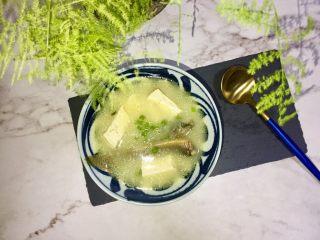 泥鳅炖豆腐,成品......鲜美!