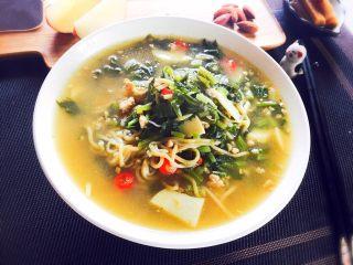 冬笋雪菜肉末面,装碗吃面喝汤,美味!