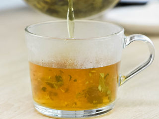 黄痰、浓鼻涕、风热感冒喝桑菊饮