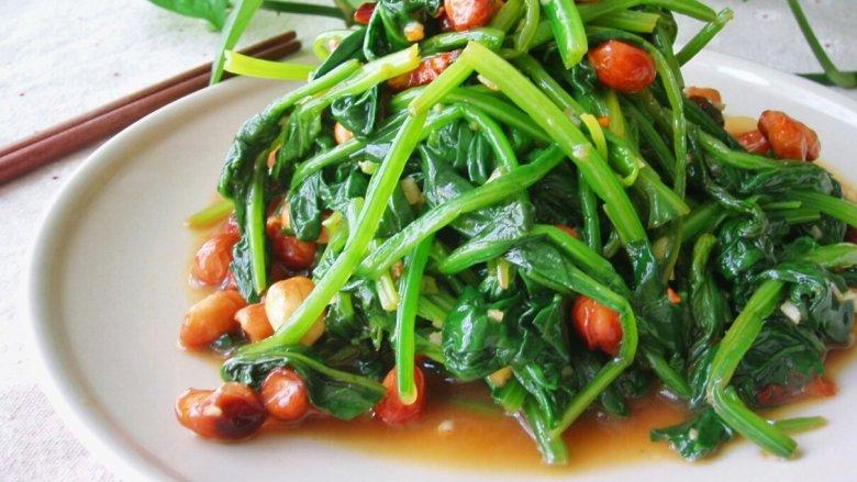 凉拌果仁菠菜