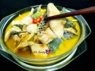 酸汤鱼,好嫩啊,好好吃。不爱吃鱼的我也忍不住吃几块。汤特别好喝。酸酸辣辣的😍