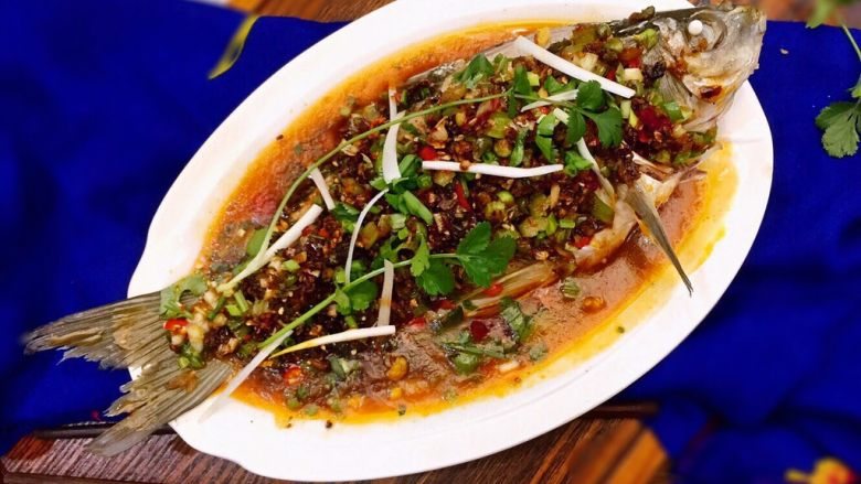 麻辣火锅鲜鱼
