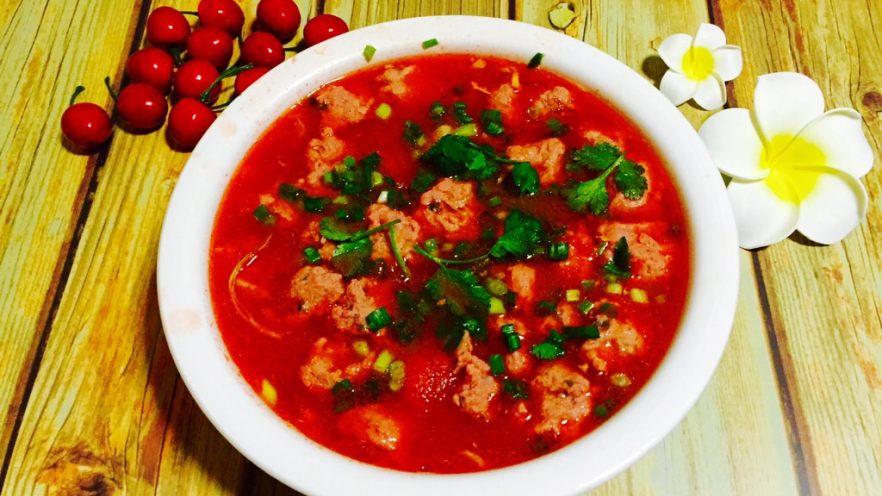 番茄浓汤肉丸