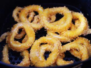 空气炸锅鱿鱼圈🦑【宝宝辅食】,颜值担当又美味的鱿鱼圈出锅喽