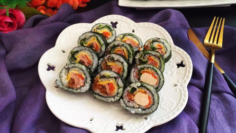 鸡肉紫菜包饭