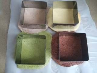 四季慕斯四重奏,使用模具压出需要的蛋糕片