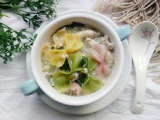 宝宝辅食:杂蔬煮蝴蝶面,煮好装碗