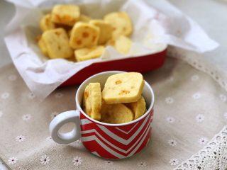 芒果曲奇,鲜果和面粉的魔法,打开你的味蕾,让你爱上芒果曲奇的香甜清新。