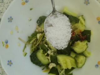 凉拌拍黄瓜,一勺糖