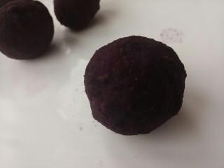 草莓紫薯球,再次团成团