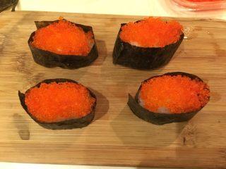 握寿司套餐,放上1T的飞鱼籽