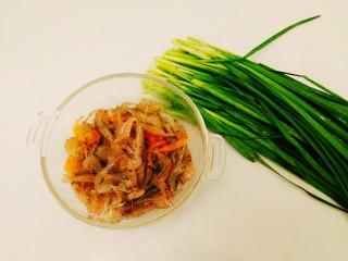 家常菜+韭菜炒小白虾,准备好食材