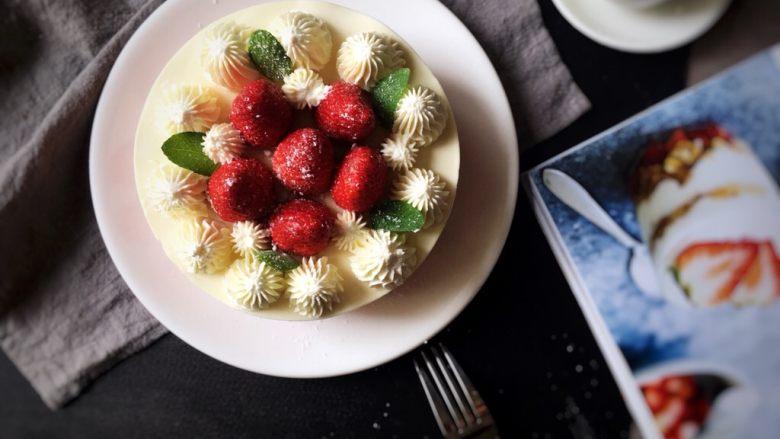 高颜值的草莓芝士蛋糕
