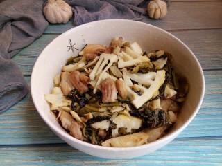 春笋酸菜炒五花肉&吃出春天的味道,真是超级好吃下饭哦!  鲜~鲜~鲜~
