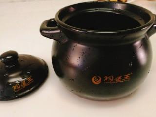 辅食计划+乳鸽红菇汤,准备一口砂锅煲