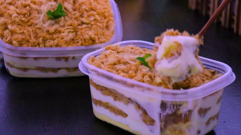 肉松盒子蛋糕,放冰箱冷藏3小时候在食用,口感更好哟