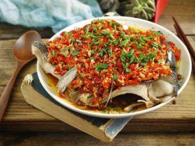 鲜嫩辣滑的快手硬菜,剁椒鱼头