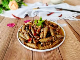 清明的应景佐酒小菜--香辣钉螺,成品图